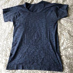 Lululemon Swiftly Shirt - 8
